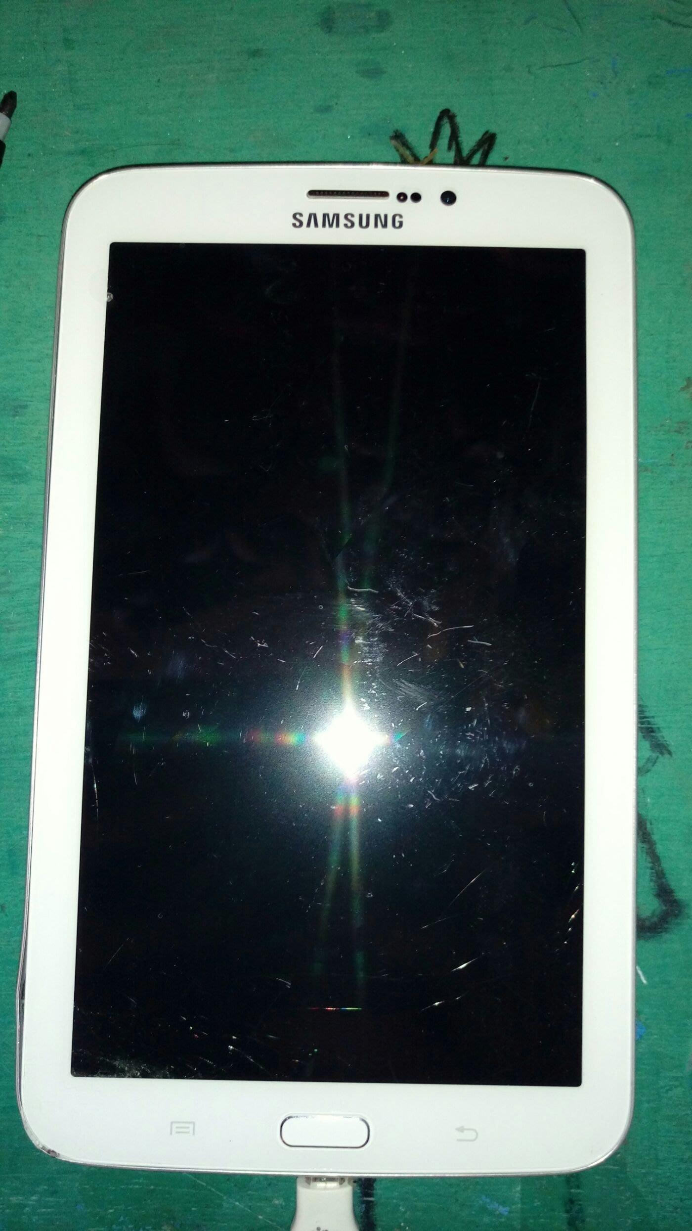 $${故障平板}三星Samsung Tab 3 sm-t211 白色$$