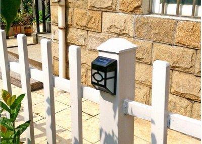 ~綠市集~光控復古壁燈太陽能燈 歐式太陽能籬笆燈 庭院燈戶外燈 白光 黃光 A0196