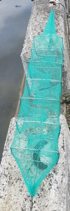 【休閒達人】高級加粗鐵絲1.3米長城網 蜈蚣網 地籠 折疊漁網 長型蛇籠 陷阱 蝦 蟹 溪魚 休閒 裝魚網 魚袋 魚簍
