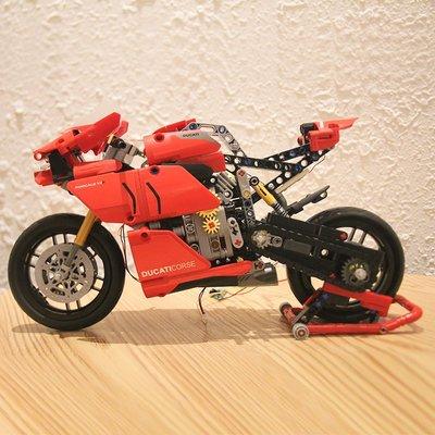 新風小鋪-樂高積木機械組42107杜卡迪V4R摩托車男孩成人高難度拼裝玩具模型