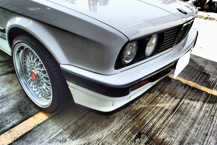 DJD19040427 BMW E30 oem前保桿套件