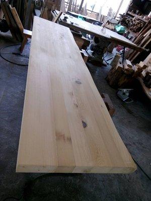 台灣黃檜桌板 電視層板 吧檯中島使用