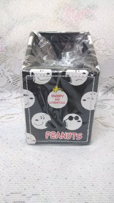 雙子星店 Snoopy and Woodstock 史諾比 Peanuts 史努比 65週年 皮革面筆插筒 文具筒 日本Sanrio
