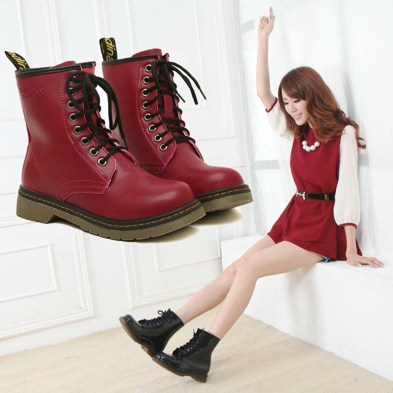 韓國明星流行同款 經典中筒二層牛皮馬丁靴 女靴子機車靴  軍靴 休閒女鞋 馬靴(8311現貨+預購)