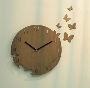 Growlife 種生活 ▶ 韓國 Unminuto - Butterfly basic 蝴蝶木紋掛鐘 /壁鐘/時鐘/圓鐘/造型鐘