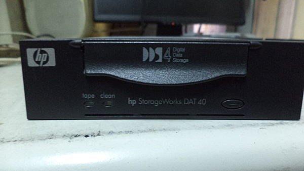 【電腦零件補給站 】HP StorageWorks DAT40 DDS4 20/40GB SCSI 磁帶機