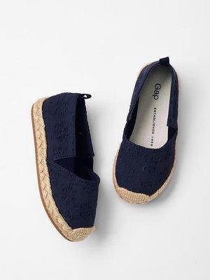 ⭐️芯希亞⭐️Gap好穿搭深藍色刺繡印花休閒鞋 方便鞋 US11《現貨》