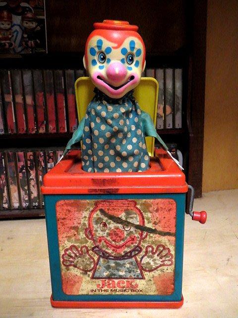 【 金王記拍寶網 】Z267  懷舊驚喜小丑彈跳盒 美國製 (已固障) 純懷舊擺設已有43年歷史 罕見稀少 一件