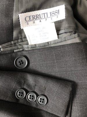 歐碼54【CERRUTI 1881】夏綠蒂白標 黑細白格單排三扣西裝外套後無開衩