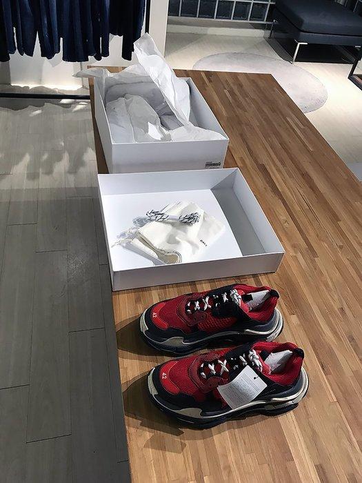 現貨【BALENCIAGA】2018春夏 TRIPLE S 復古運動鞋 紅黑 死侍配色 42 43