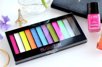 【愛來客】英國Makeup Revolution Acid Brights 螢光色眼影盤