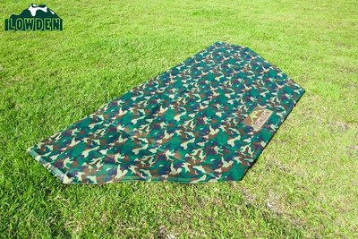 [LOWDEN露營戶外用品]超耐磨夾層前庭延伸地墊/野餐墊(兩用地墊)300x150 cm (迷彩色系) 切角款