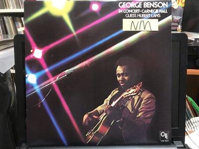 GEORGE BENSON/IN CONCERT-CARNEGIE HALL 黑膠唱片