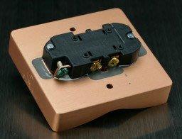 ~拍譜音響~美國原點 Isupply (提供 E NERGY H EADQUARTER) 專業電源壁插