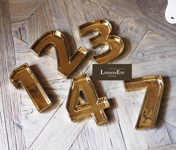 【 LondonEYE 】小法國系列-春日派對X潮流藝術金色數字裝飾盤/時尚立體字 1到9可選/拍攝道具/佈置RL36