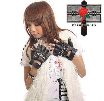 Punk Rock 日本視覺重機騎士款卯釘歐洲視覺龐克哥德必備黑蘿莉皮感手套 GOTH