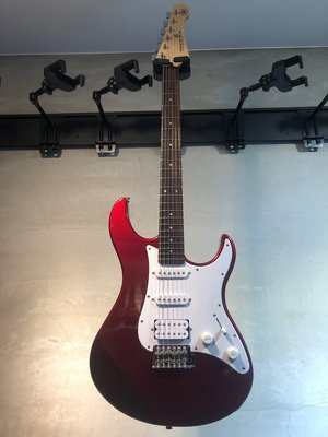 【六絃樂器】全新 Yamaha PAC 012 紅色電吉他 印尼廠 / 現貨特價