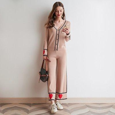 ☆TANG KOREA*╮正韓 紅心V領混織單排扣針織開衫潮+闊腿褲套裝