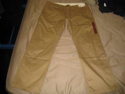 全新正品UNIQLO卡其色(BROWN)第二代復古無褶卡其褲 SIZE:36腰