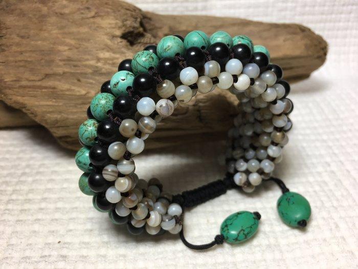 綠松石-黑瑪瑙天眼珠-自創手工串珠編結-圈手環