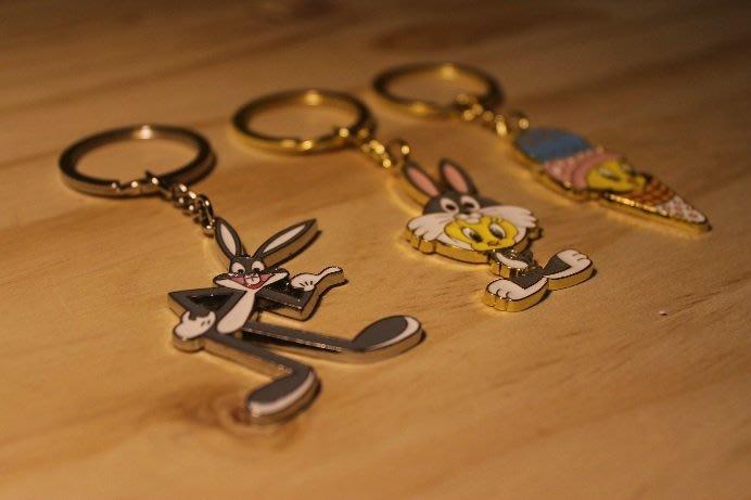 (I LOVE樂多)日本進口 Warner Bros 華納 兔寶寶/翠蒂 鑰匙圈 送人自用兩相宜