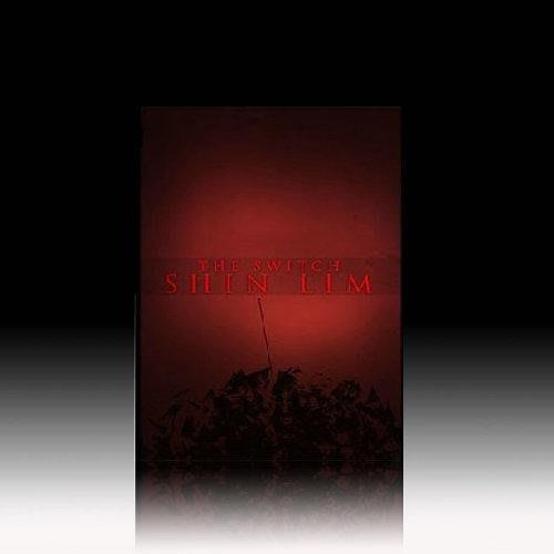 【意凡魔術小舖】2014 The Switch-完美換牌(瞬間變牌道具+DVD)簽名牌瞬間移動撲克牌魔術