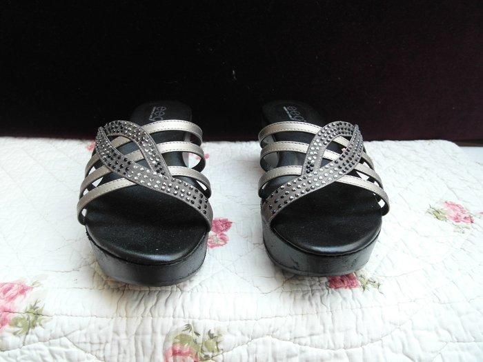 浪漫滿屋 女鞋系列*ee9休閒鞋 .帆布鞋.平底鞋.各類鞋款......46