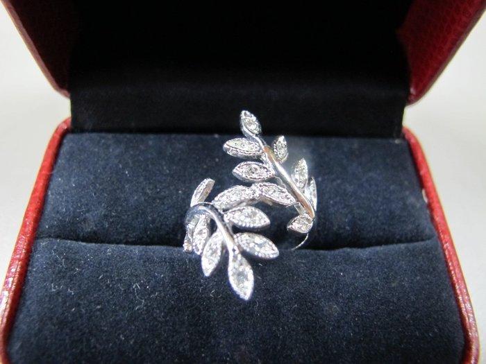 二手舖~NO.307超好看鋼鑄造銀色葉子 有型 氣質 美麗