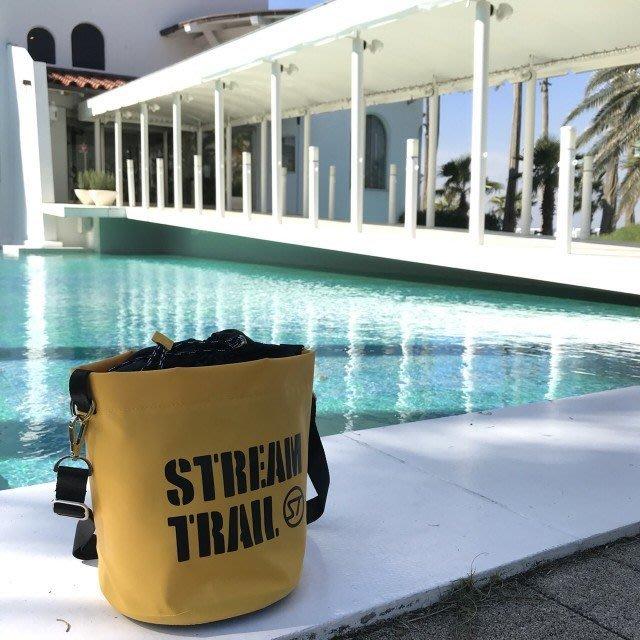 日本StreamTrail戶外防水包~ANEMONE隨身包逛街上班出國旅遊最方便的隨身小包~~活力黃(限量到貨