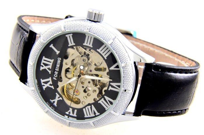 (六四三精品)超級大錶徑4.4公分..十二條外框.粗礦鏤空.時.分.秒大三針,自動上鍊機械錶.....