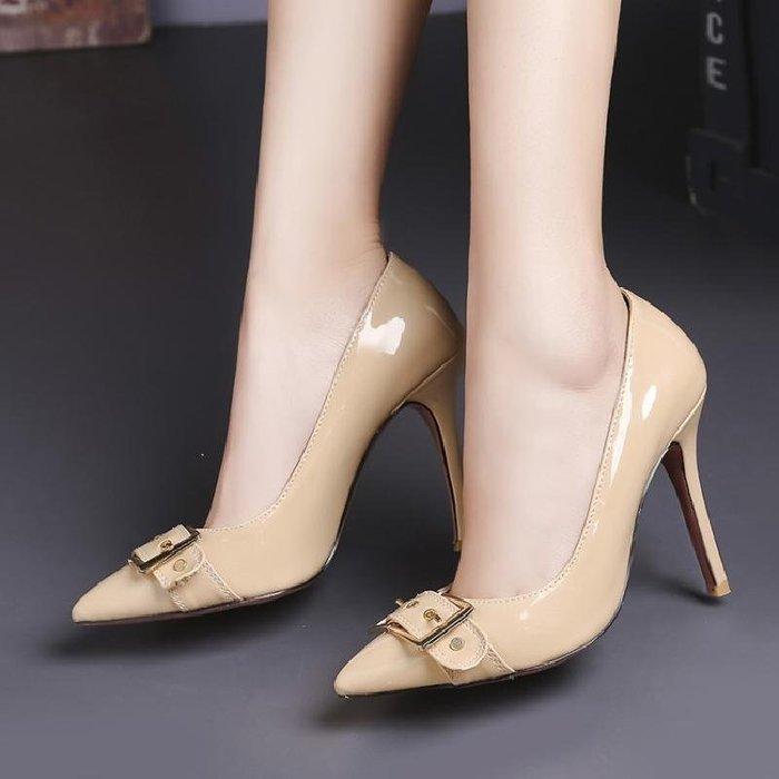 【星居客】精美女鞋大小碼女鞋  輕熟尖頭31 32 33小碼高跟婚鞋單鞋淺口細跟40-43大碼女鞋工作鞋S932