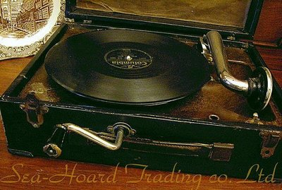 * His Master's Voice *留聲機  [功能正常]  正 古董手提式留聲機  價值無限