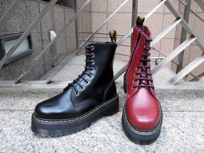 { POISON } Dr. Martens 經典鞋款 JADON 8孔加厚底 拉鍊式穿脫設計 全新硬派風格 全尺寸訂購