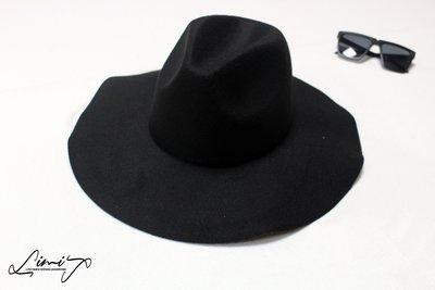 『低價促銷』黑色軟沿可調超寬沿紳士帽 Wide brim hat  復古 軟毛呢 荷葉邊 波浪超大帽簷 【LtLf】