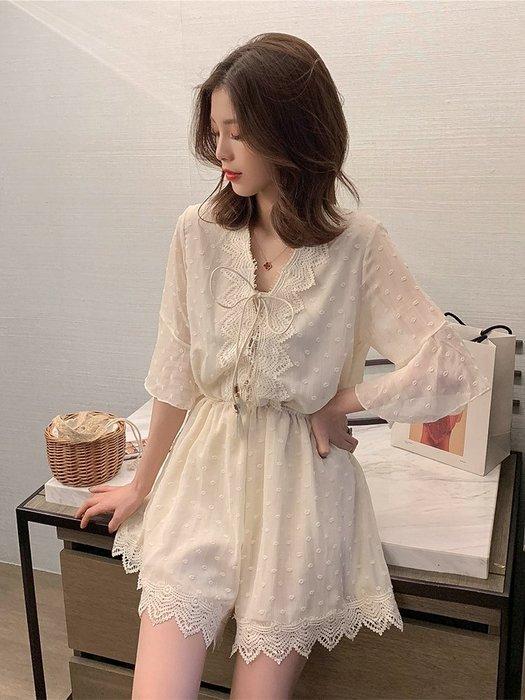 ❤Shinena 千奈公主❤韓國空運 法式氣質V領蕾絲花邊系帶收腰雪紡連身褲