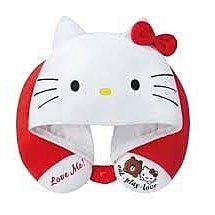 7-11 x Sanrio charactersHello Kitty 別注版頸枕