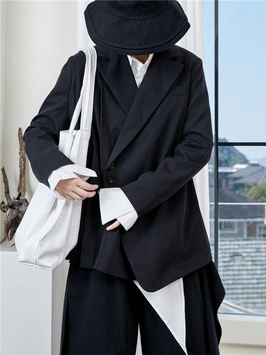 【鈷藍家】山本風SU秋小眾Yohji暗黑風西服不對稱中性男友風後背百褶西裝外套