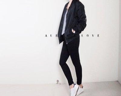 Alexa&Love_秋冬高腰復古黑色窄管激瘦長褲(特)