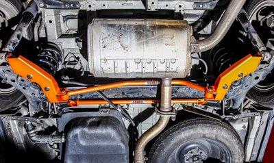 《大台北》億成汽車底盤精品改裝-SUMMIT-後下扭力桿 TOYOTA PREVIA 3.5 / 2.4