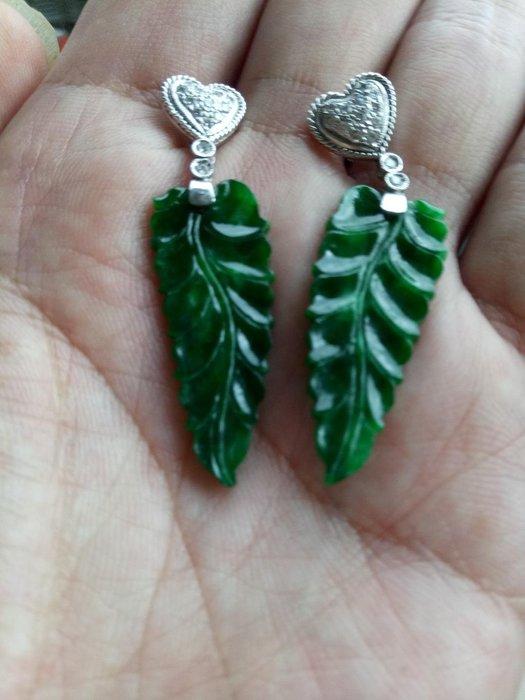 天然A貨一葉致富滿綠翡翠耳環,種老