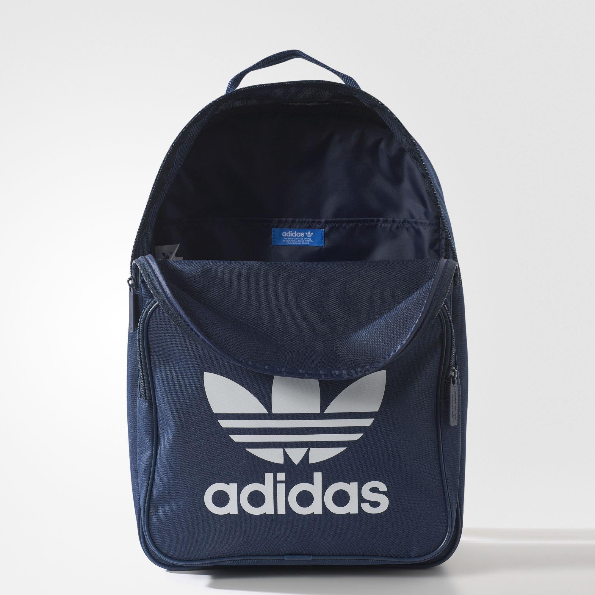 31be458aeab2 正品現貨Adidas Originals TREFOIL BACKPACK 愛迪達三葉草深藍後背包筆電 ...