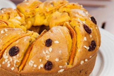 *祝賀首選*!!【修女祈福蛋糕】台東聖母有機健康農莊~南瓜、蘋果、香蕉巧克力(6吋)400元。瑪芬蛋糕200/盒。