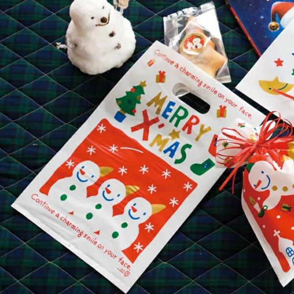 聖誕節紅底白雪花三雪人排排站手提袋 塑膠袋 手提包裝袋(100入)【XM0260】《Jami Honey》