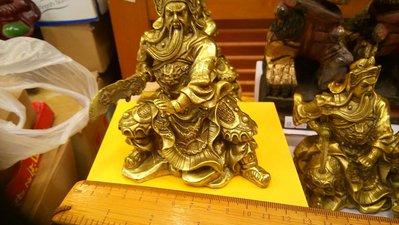 銅雕關聖帝君像