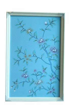 【芮洛蔓 La Romance】東情西韻系列手繪絹絲畫飾 藍底花鳥 CHY-027