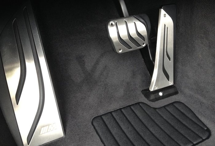 【樂駒】BMW F26 G02 X4 M Performance 原廠 油門 煞車 踏板 內裝 套件 改裝 精品 車室