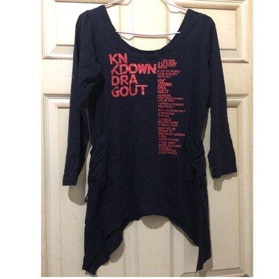 造型上衣、長袖T恤、長袖上衣、年輕T恤、少女上衣、女T、造型T恤、二手衣服、好看上衣、T恤、便宜衣服、漂亮衣服、美麗上衣