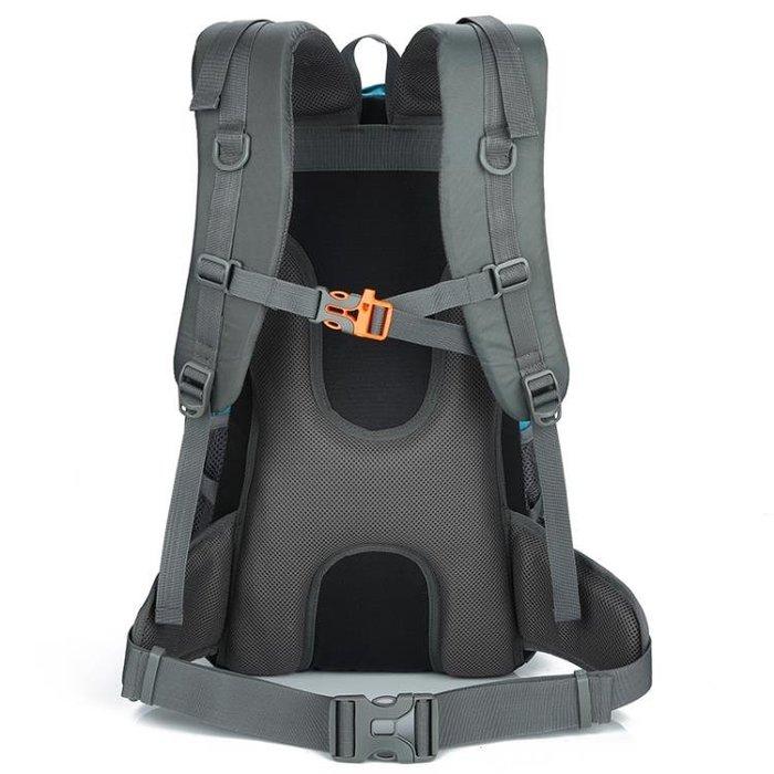 戶外登山包雙肩背包男 30L大容量防水輕便徒步野營旅游包女雙肩包