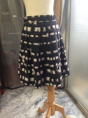 全新 TEEMING EXCITING 歐洲品牌 黑色 可愛印花打折設計及膝裙