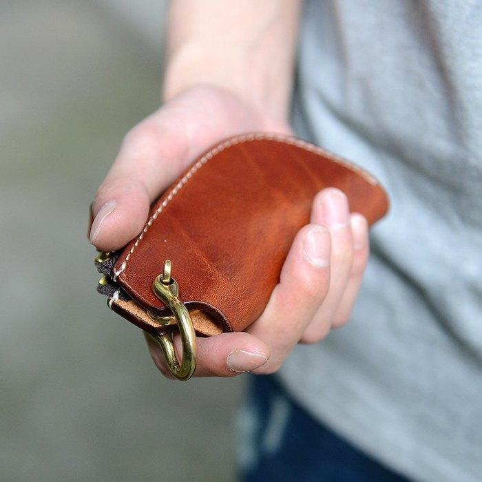 ~皮皮創~原創設計手作包。阿美咔嘰手工真皮鑰匙包黃銅釦件頭層植鞣牛皮汽車鑰匙包 盤它